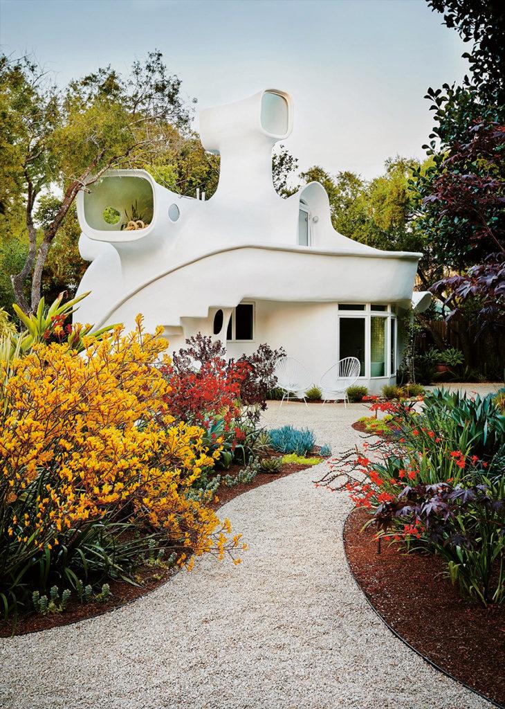 Spaceship House, une maison californienne extraordinaire. Architecture des années 70.