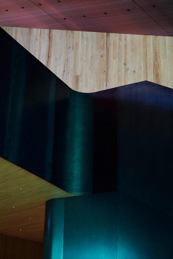 Under, Restaurant sous-marin en Norvège - Mur en bois